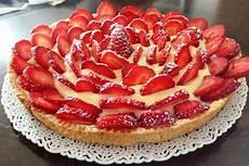 crostata crema pasticcera e fragole dulcis in fundo crostata di fragole