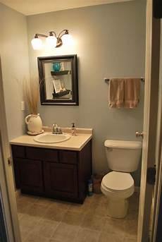 Small Half Bathroom Design