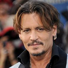 johnny depp johnny depp partners with blockchain social entertainment