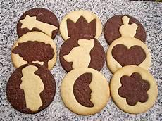 backen mit kindern einfache rezepte backen mit kindern weihnachten rezepte chefkoch de