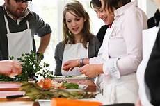 Au Bonheur Des H 244 Tes Cours De Cuisine L Invitation