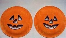 masques citrouilles avec assiettes en 2009