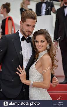 kevin trapp and izabel goulart arriving on the carpet