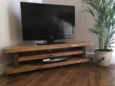 tv möbel ecke bildergebnis f 252 r fernseher in ecke living room tv
