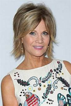 20 best short haircuts for older women short hairstyles
