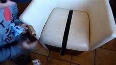 nettoyer canapé cuir comment nettoyer un canape en cuir detailing concept