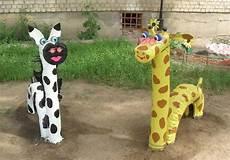 spielgeräte selber bauen h 252 pftiere aus alten reifen selber bauen garten kinderspielzeug garten garten und spielplatz