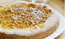 crema pasticcera ricetta della nonna torta della nonna la ricetta originale toscana leitv