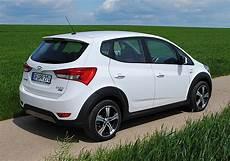 Hyundai Ix20 Crossline Reviews Prices Ratings With