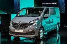 Renault Trafic 2019 Restylage Et Nouveau Moteur 2 0 Dci