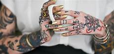 fiore manni data di nascita 1001 idee per tatuaggi numeri per lui e per