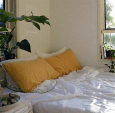 Aesthetic Bedroom Ideas For Small Rooms by Image Result For Bedroom Hoe Room Aesthetic