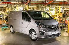 Opel Transporter Vivaro - renault trafic iii opel vivaro nissan primastar