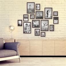 bildergalerie an der wand 15er set bilderrahmen nuss modern zur gestaltung einer