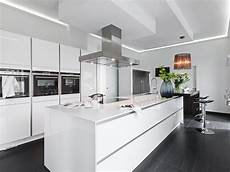 moderne küche mit kochinsel poggenpohl musterk 252 che k 252 che mit kochinsel moderne