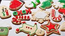 how to make easy christmas sugar cookies the easiest way