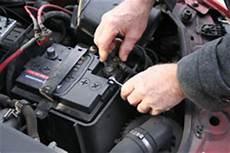autobatterie laden so funktioniert s www tipps net