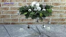 weihnachtsdeko selbst machen weihnachtsdeko ideen adventsgesteck adventskranz