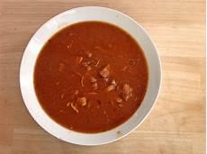 Rezept Für Gulaschsuppe - gulaschsuppe rezept mit bild mama2 chefkoch de