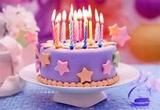 Kumpulan Berbagai Gambar Kue Ulang Tahun
