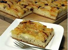 apfelkuchen mit hefeteig einfacher apfelkuchen mit hefeteig apfelkuchen rezept