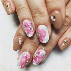 50 flower nail designs you can totally pull off in 2020
