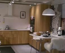 cuisine bois brut ikea fa 231 ades hyttan ch 234 ne armoire cuisine ikea cuisine ikea
