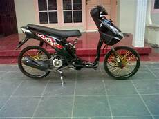 Modifikasi Motor Beat F1 by 100 Modif Honda Beat Hitam Pelek 17 Modifikasi Motor