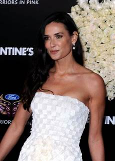 demi moore sexy demi moore pictures popsugar celebrity photo 31