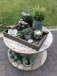 Pin Vessela Dukova Auf Garden Diy Gartendekoration
