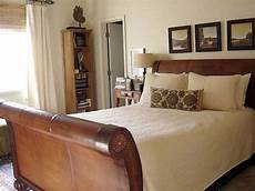 Wooden Sleigh Bed Bedroom Ideas by Modern Or Contemporary Bedrooms Sleigh Beds Rustic