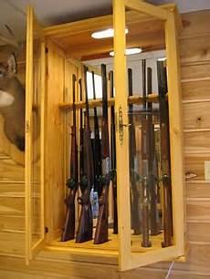 armoire de rangement pour fusils armoire 224 fusils en bois massif armoire a fusil armoire