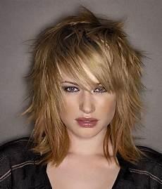 Hairstyle Layered Medium Length