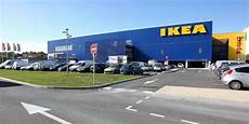 Bayonne Les D 233 Mineurs Appel 233 S Sur Le Parking D Ikea