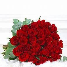 Bouquet De Roses Quot 70 Grandes Roses Rouges Quot Livraison