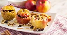 bratapfel ohne marzipan bratapfel mit mandeln rosinen und leckerer vanilleso 223 e