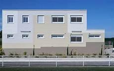 Vestiaires Et Club House Pour La Club De Foot De Bretigny