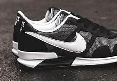 nike air pegasus 83 30 black white sneakernews