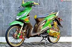 Honda Beat Fi Thailook Style by Modifikasi Terlengkap Honda Beat Bergaya Thailook Style