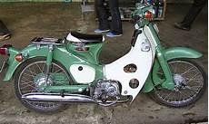 Modifikasi Honda 70 Yg Keren Abis by Gambar Motogp Modifikasi Motor Honda Bebek 70 Antik