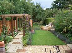 Schmaler Garten Gestalten - garden designs for narrow gardens the best backyard