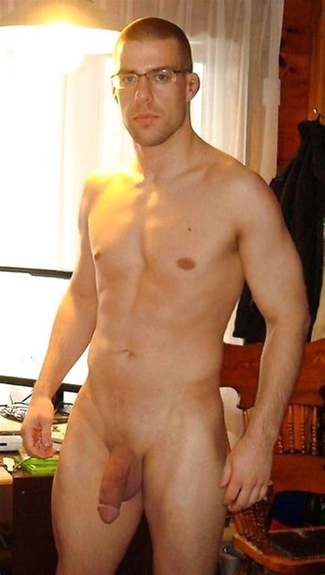 Bobbi Brown Nude Finish Moisturizer