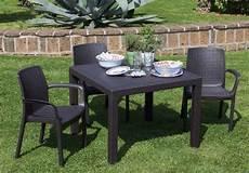 tavoli e sedie da giardino usati tavolo da giardino quadrato mod melody della keter misura