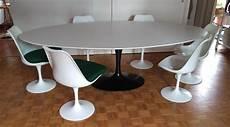 table ovale knoll en bois rislan eero saarinen 1990