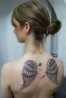tatouage ailes dos news and entertainment tatouage dos jan 05 2013 21 18 06