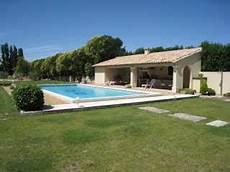 pool house piscine pool house de piscine pour le confort
