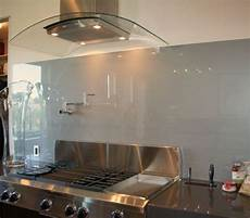 Glass Kitchen Backsplashes 28 Trendy Minimalist Solid Glass Kitchen Backsplashes