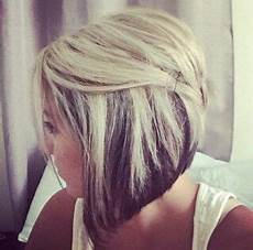 short angled bob blonde hair blonde highlights and angled bob hair by brooke hair ideas hair styles hair bob hair color
