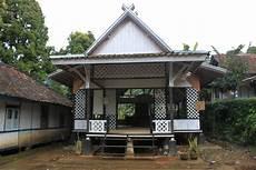 Mengintip 5 Desain Rumah Adat Jawa Barat