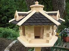 Futterhaus Selber Bauen - futter vogelhaus mit schindeln aus hochwertigen holz